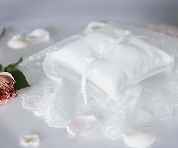 リングピロー〔フローレンス〕手作りキット|清らかなヴェールのようなリングピロー|結婚式演出の手作りアイテム専門店B.G.
