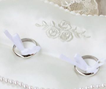 リングピロー〔ローズハート〕手作りキット 刺繍入りサテン生地 結婚式演出の手作りアイテム専門店B.G.
