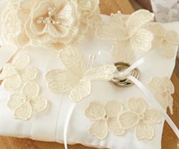 リングピロー〔ちょうちょう〕手作りキット|たくさんの蝶々のモチーフ|結婚式演出の手作りアイテム専門店B.G.
