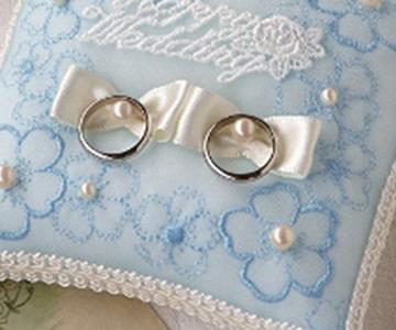 リングピロー〔青い小花〕手作りキット|青い小花の模様生地|結婚式演出の手作りアイテム専門店B.G.