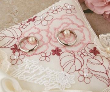 リングピロー〔ローズパターン〕手作りキット|ローズの刺繍が入った表生地|結婚式演出の手作りアイテム専門店B.G.