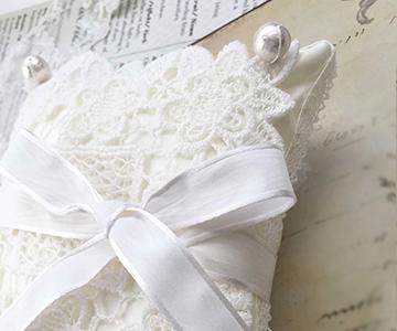 リングピロー〔ドイリースクエア〕手作りキット|縁どりにもケミカルレース|結婚式演出の手作りアイテム専門店B.G.