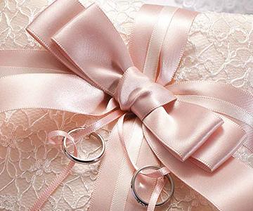 リングピロー〔ドラマティックリボン・ホワイト〕手作りキット|コーラルピンクがテーマカラー|結婚式演出の手作りアイテム専門店B.G.